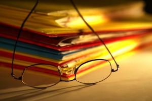 folders_glasses